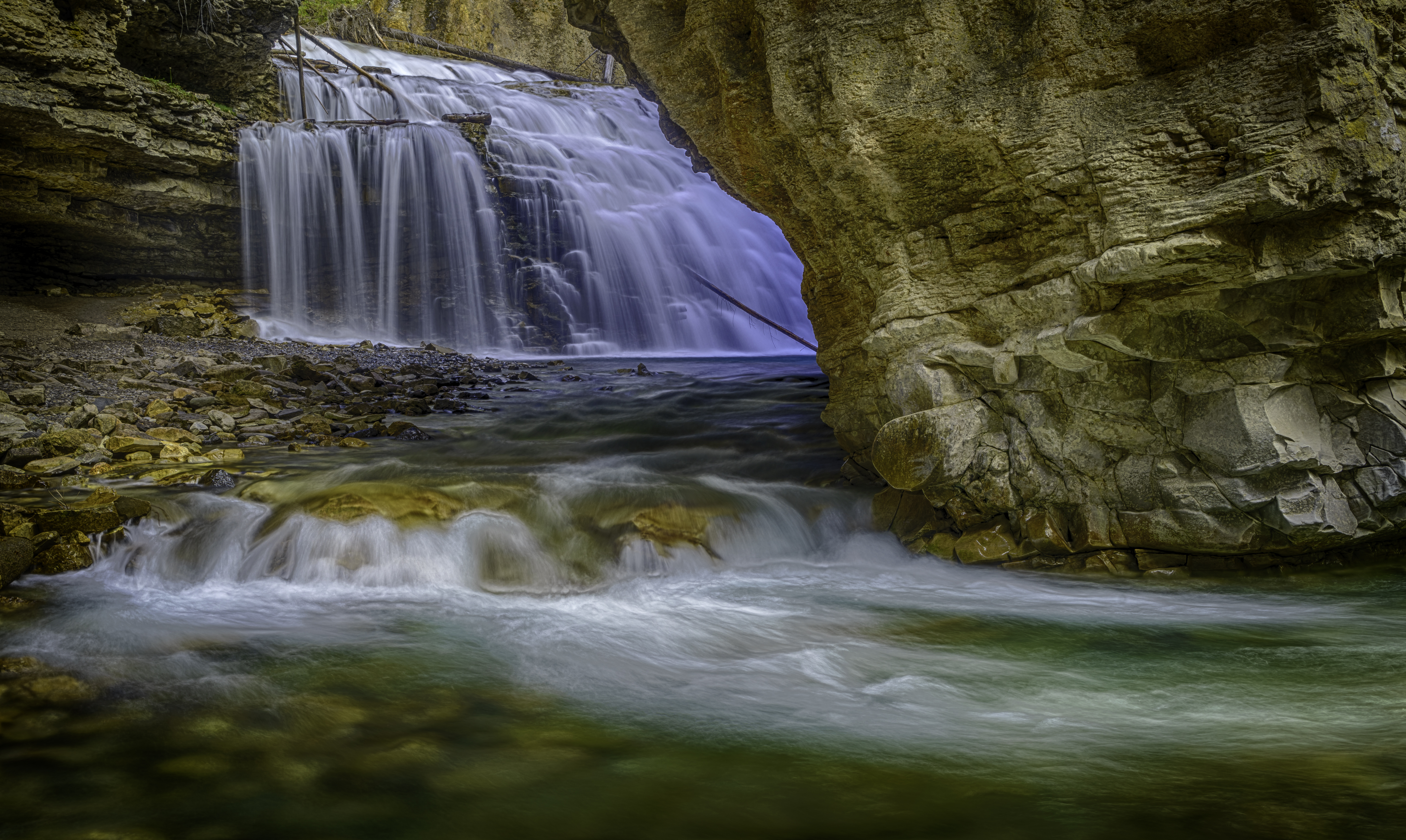 Johnston Canyon Falls9_HDR