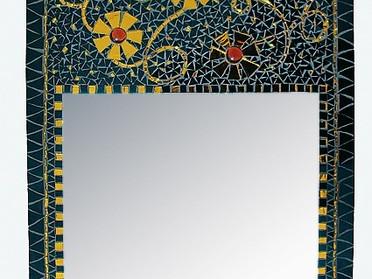 Eleganter Spiegel in schwarz-gold