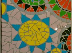 Erstlingswerk aus Keramikfliesen