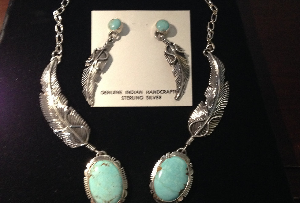 Feather Design Turquoise Necklace