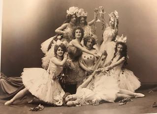 Первые фотографы на сцене большого театра.