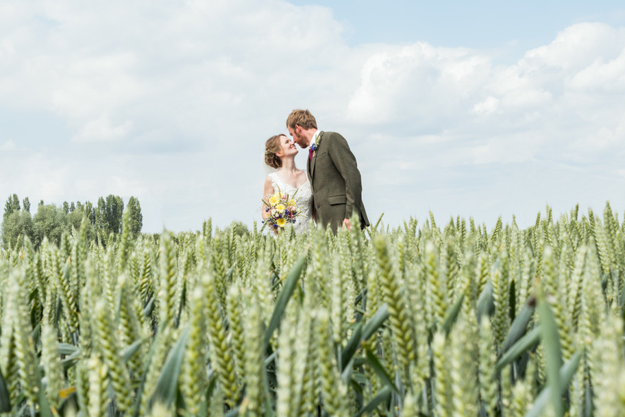 Finally got round to editing out the telephone wires in this shot from Helen & Barteld's wed