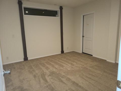 Wingate 28603G - Master Bedroom.jpg