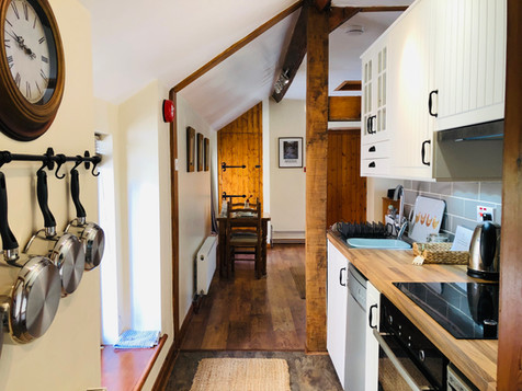 Hayloft Kitchen - Old Mill Holiday Cottages CH7 5RH