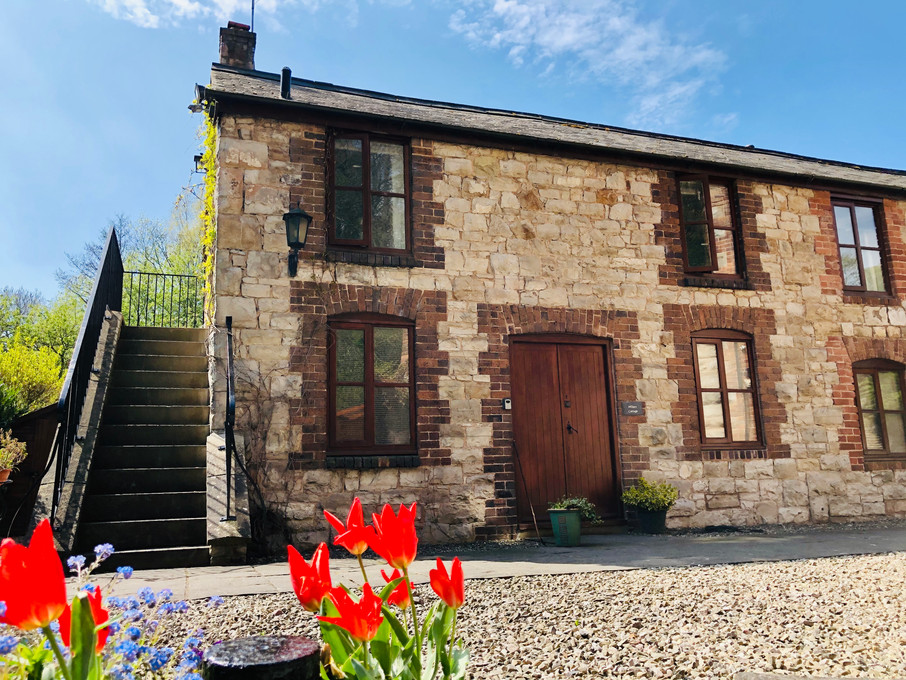 Millers Cottage - The Old Mill Holiday Cottages - Dog Friendly Cottages Wales - CH7 5RH