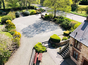 The Old Mill Holiday Cottages is set in almost 2 acres of land, featuringbeautifullandscaped gardens andnaturalwoodland. Guest facilitiesincludeoutside seating with a BBQ area, dog walk and the 'MiniMill'playpark