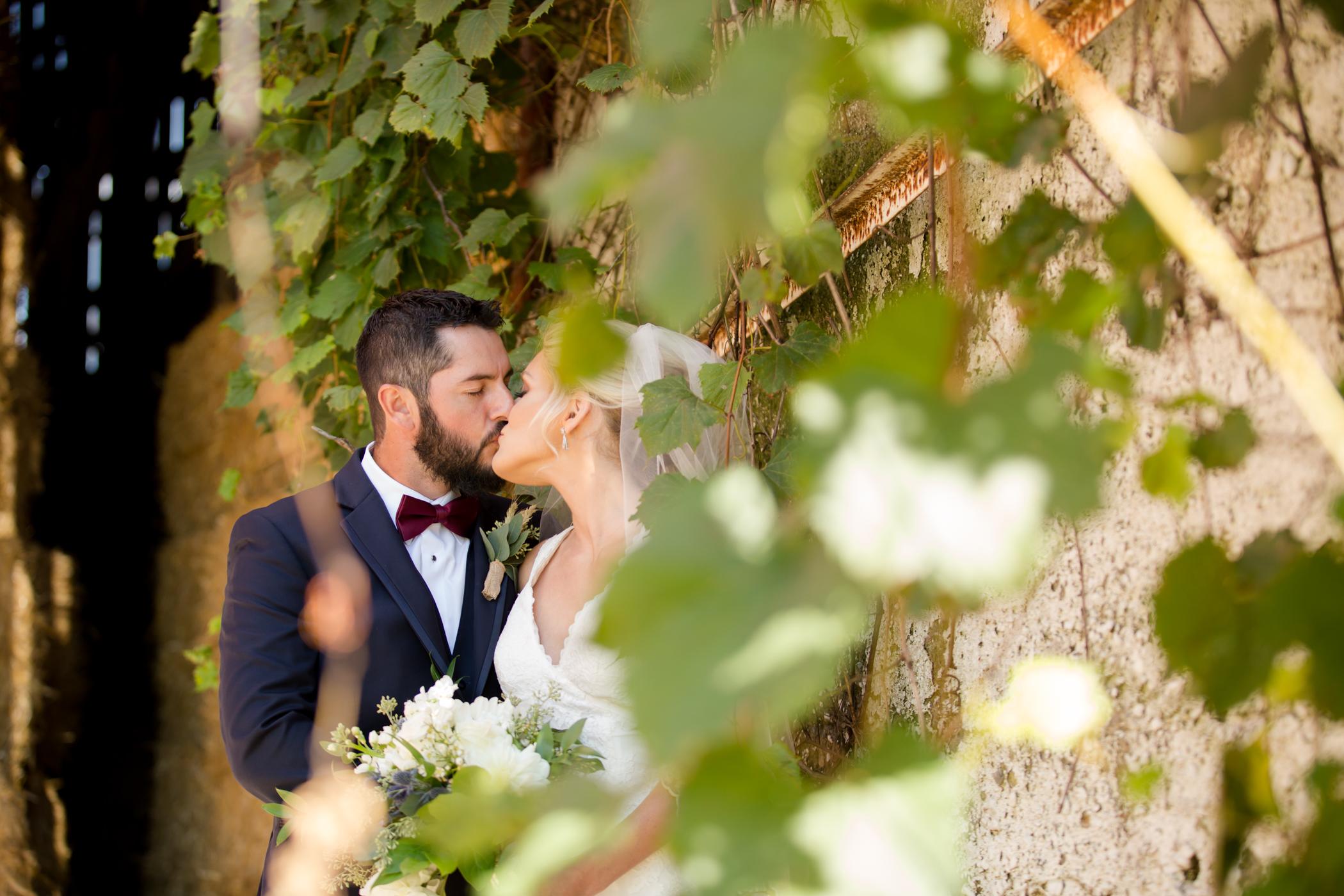 Brander_Bride+Groom_Allison Clark Photog