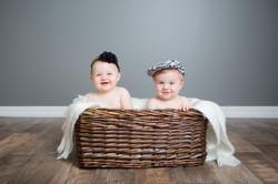Twins_Cute_Babies_Allison Clark Photogra