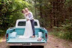 Wedding-turquoise-truck-AllisonClarkPhot