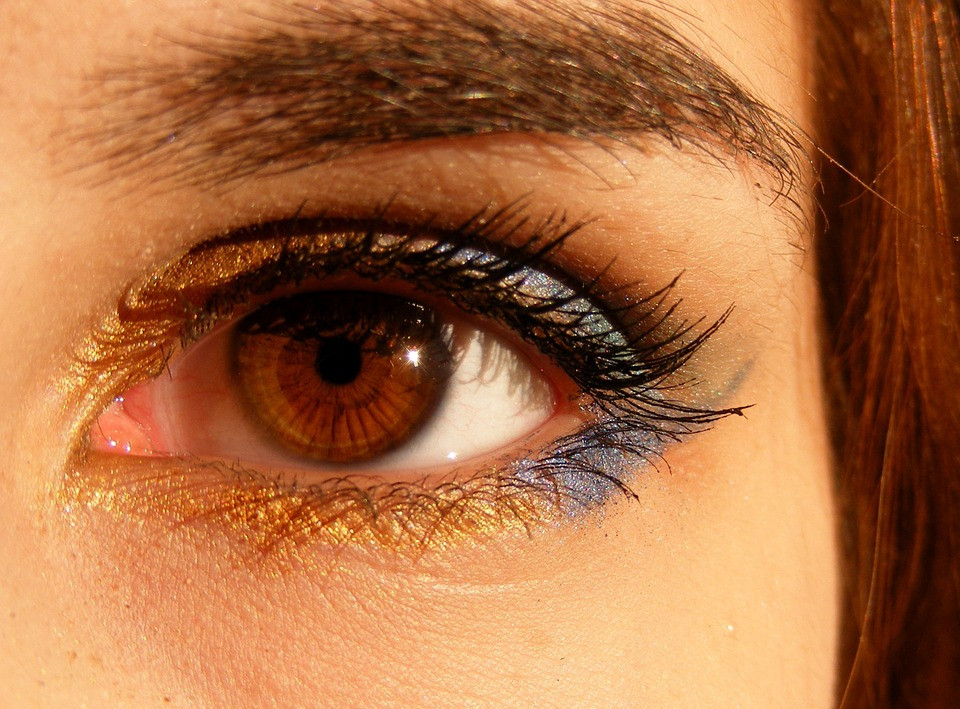 Brown eyes more common than blue, Connie Lacy author