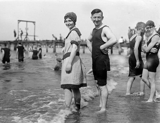 Bathing suits in 1915