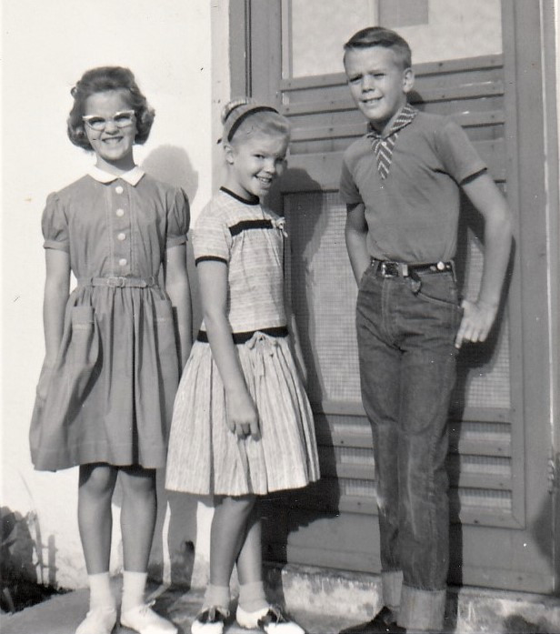 Author Connie Lacy, her sister & brother