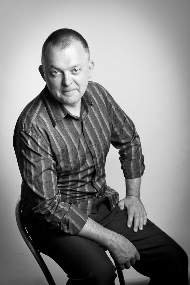 Author Michael Gardner