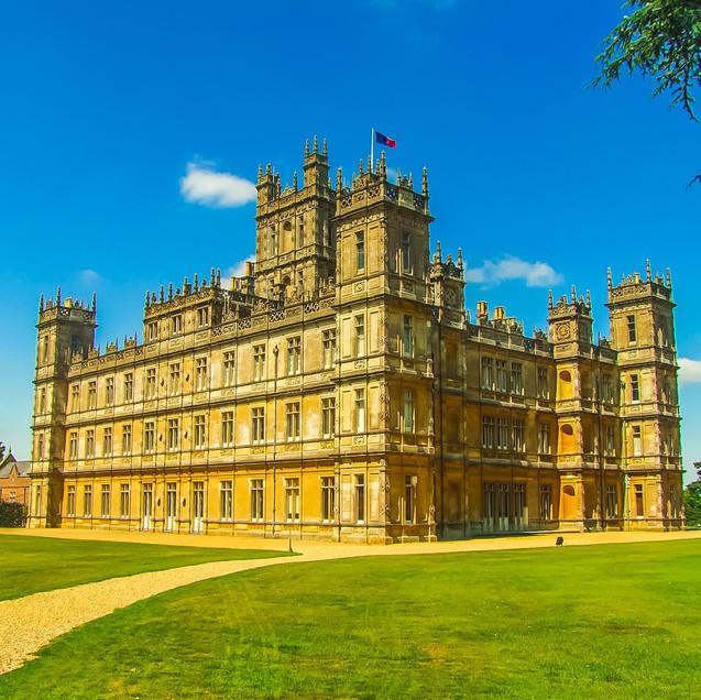 lawn-mansion-building-chateau-palace-mon