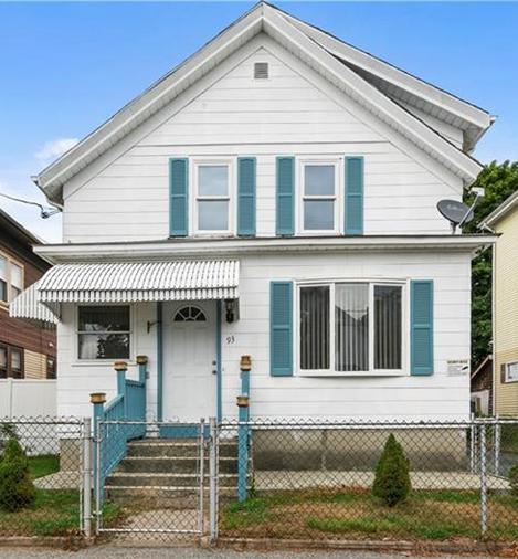 93 Thomas Avenue , Pawtucket, RI 02860