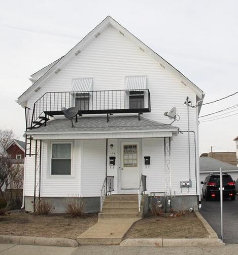 104 Suffolk Avenue , Pawtucket, RI 02861