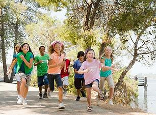 Running Children 2015-9-8-10:9:51