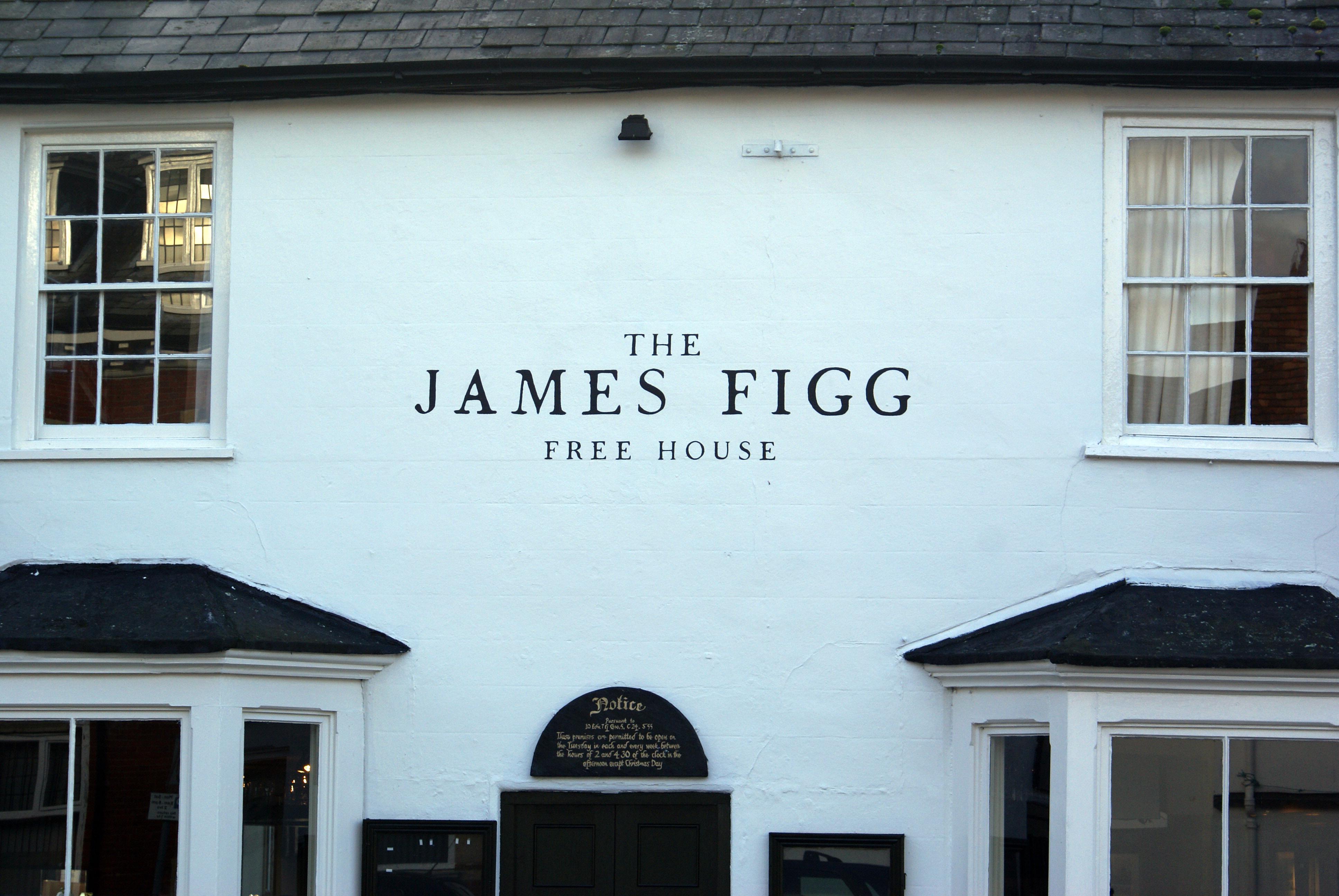Traditional Pub Signwriting