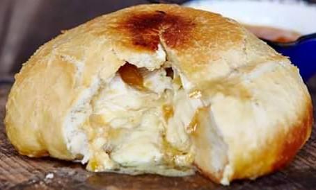Camembert Brood