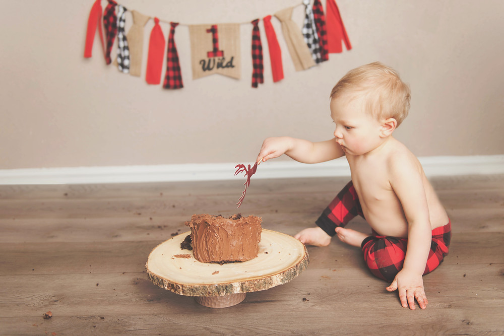 Missoula Rustic Cake Smash Photography | Wild One | Infinite Photography Missoula