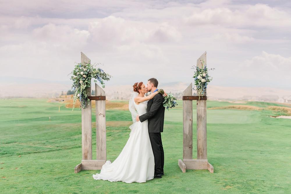 Infinite Photography Missoula | Montana Wedding Photographer | Photographers | Missoula Wedding Photographer | The Barn on Mullan