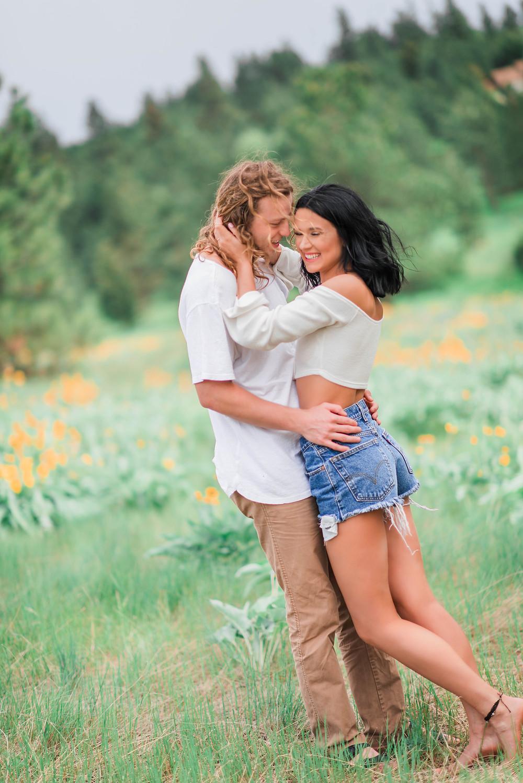 Missoula Engagement Photographer | Couples Photography | Missoula Wedding Photographer | Photographers | Montana | Hannah Lasche