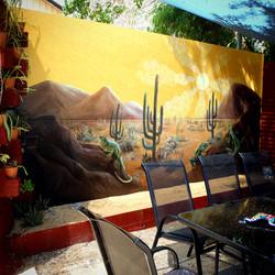 Lazy Lizard Lounge Courtyard