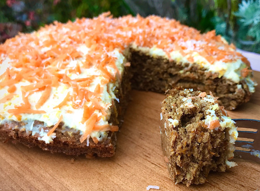 EASY HEALTHY CARROT CAKE