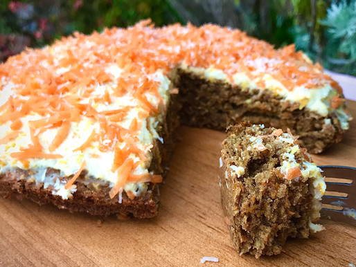 EASY HEALTHY CARROT CAKE