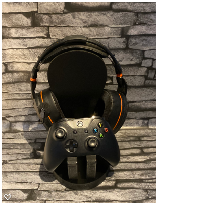 Single controller/headset stand £23