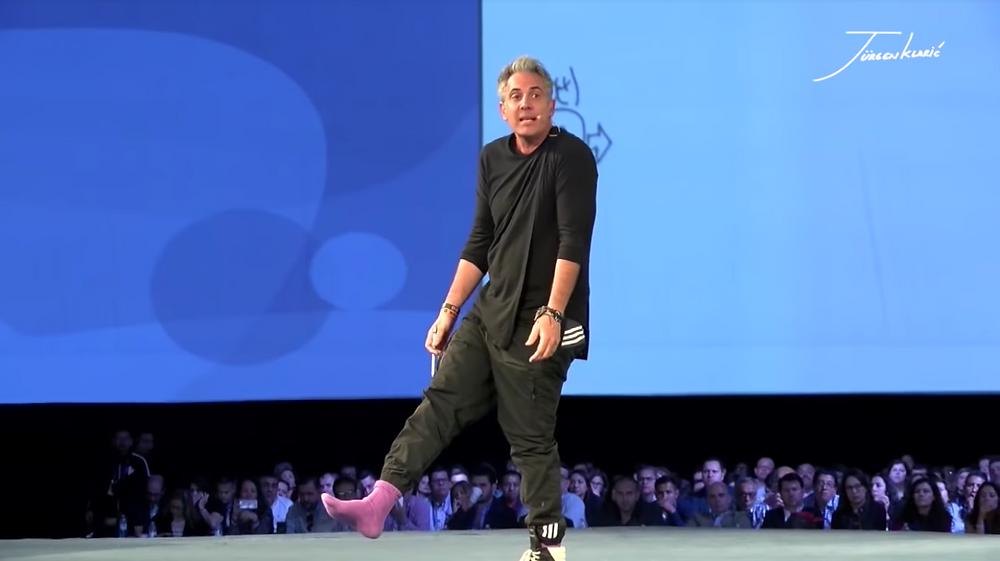 Jürgen Klarić revela el secreto de sus calcetines coloridos