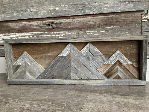 Small Barnboard Mountain Range