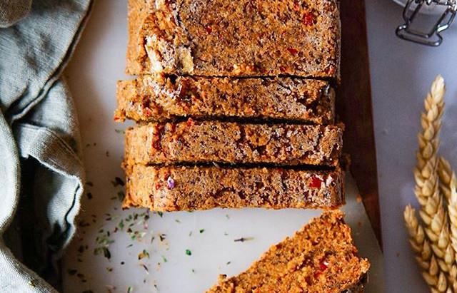 Fr : Faire du pain sans farine / En : Bake flourless bread