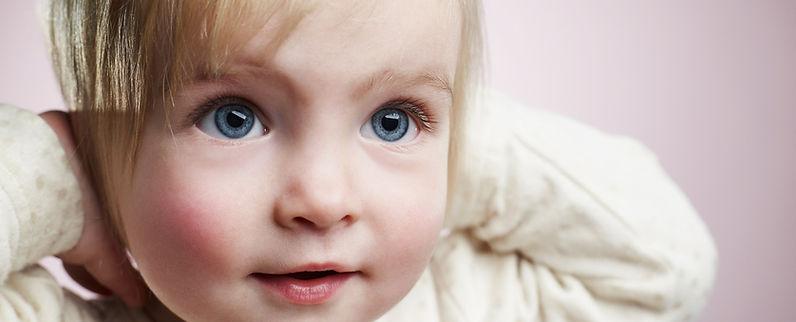 Blond Dziewczynka