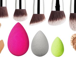 Esponja VS Brocha de Maquillaje ¿Cuál usar?