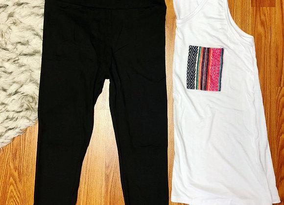 Bomb black capri leggings