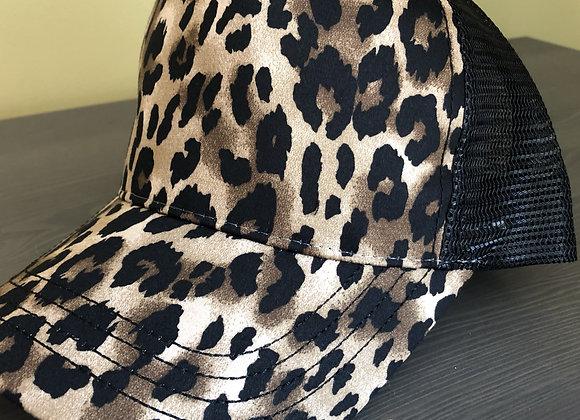 Leopard trucker hats
