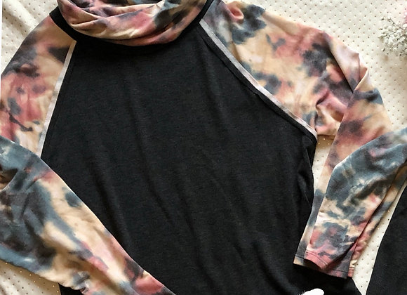 Tie dye charcoal pullover