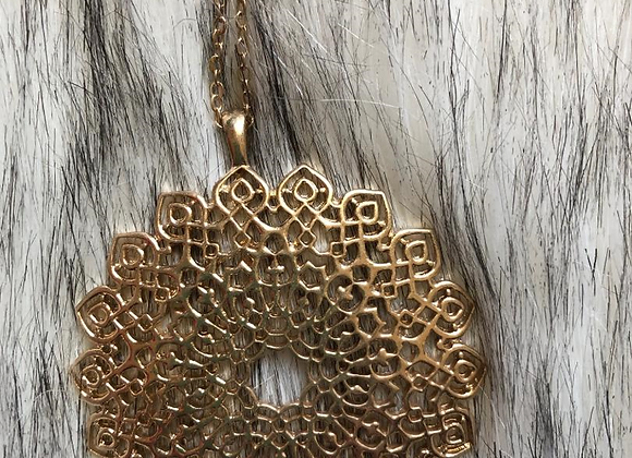 Bloom gold necklace