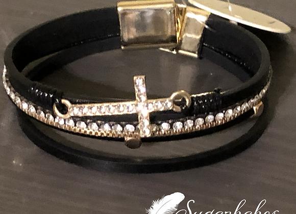 Cross strand magnetic bracelet