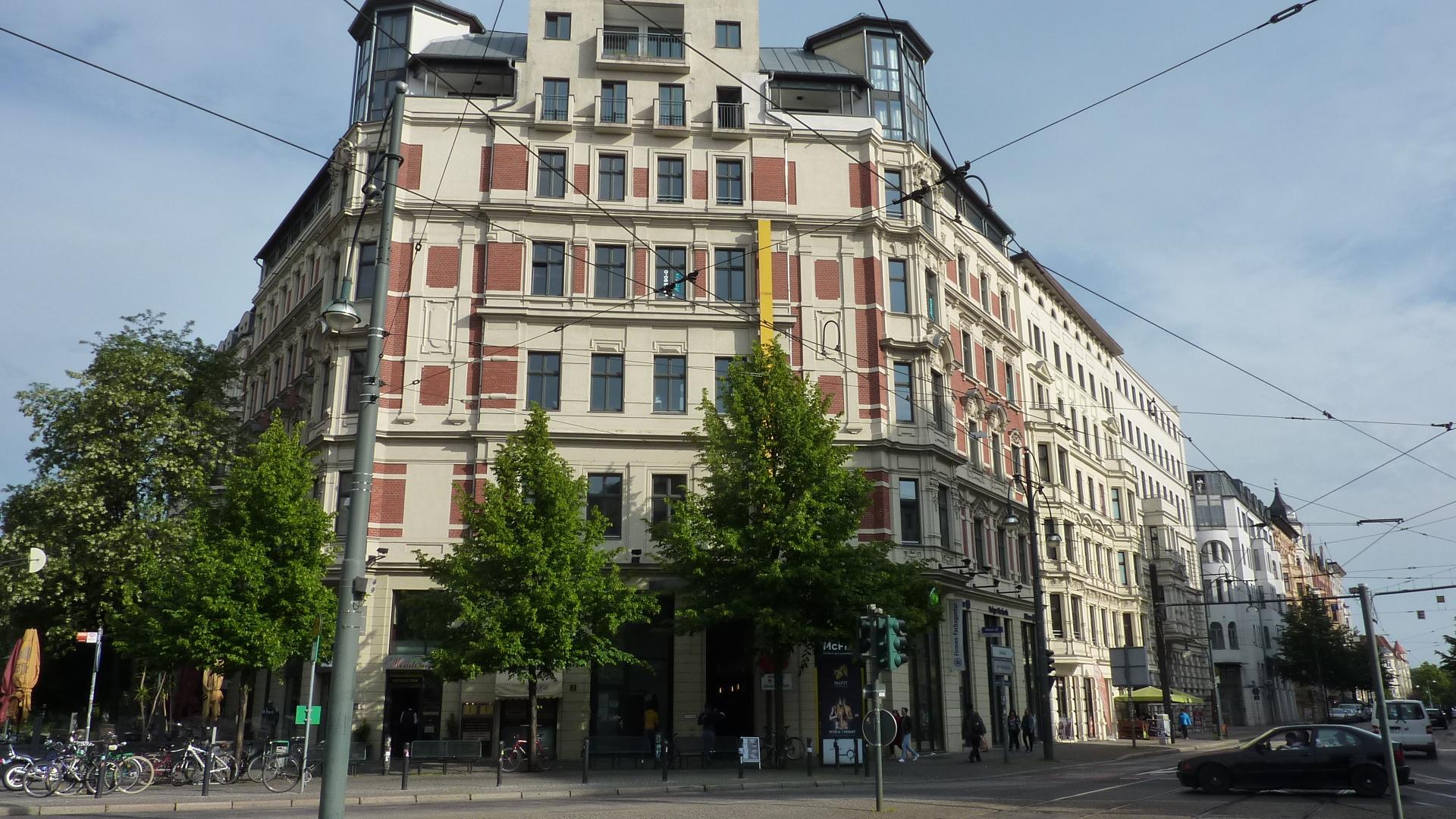 Eckansicht.Hasselbachplatz2