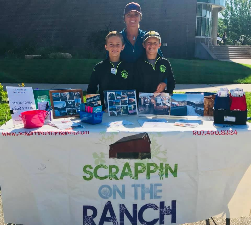 Scrappin on the Ranch booth
