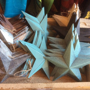 metal stars in assortment of colours