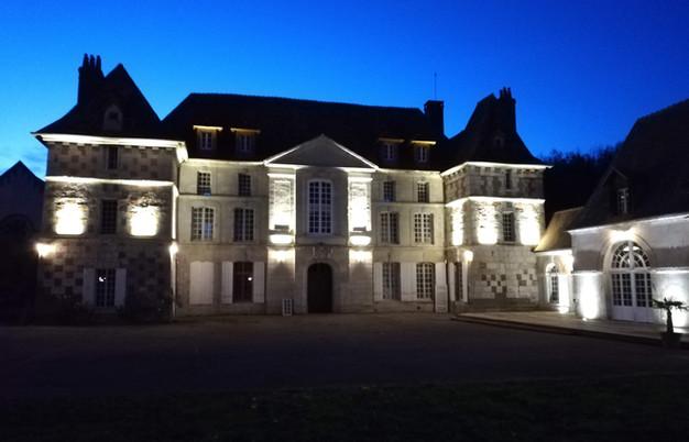 le chateau de nuit.JPG