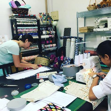 Todays workshop ^_^_$58 first session for kimono&jinbei workshop _毎週日曜日は朝から手作り甚平のワークショップ。_お一人は自分よう、お一人は出産祝いに!_ #jijijaja #workshop #sewing #