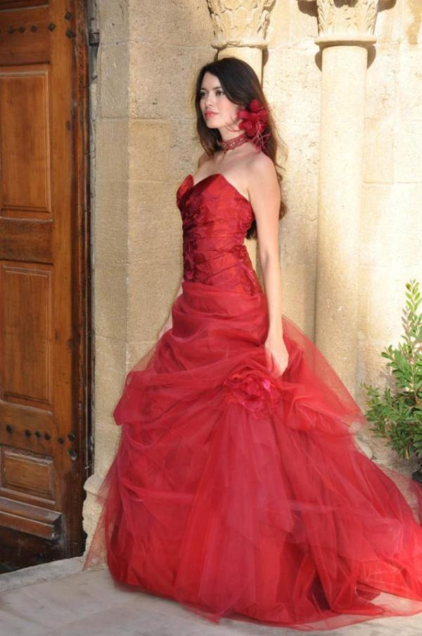 Robe rouge mere mariee