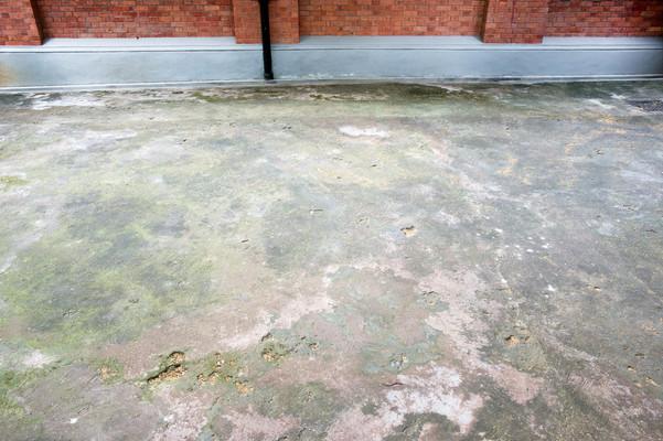 Courtyard, floor
