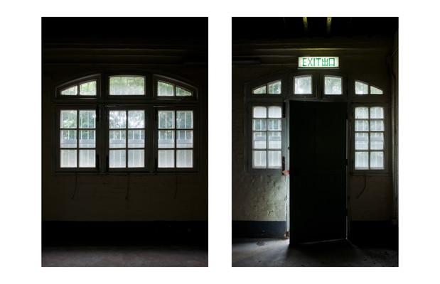 Room 6, windows, 1