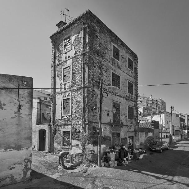 13 Work under construction: Lisbon, 2018 -
