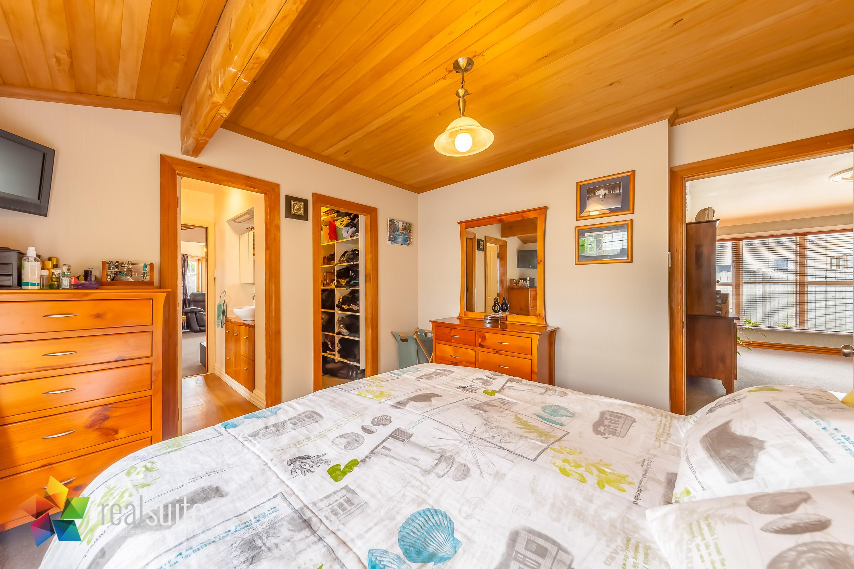Realsuite Bedrooms (35)
